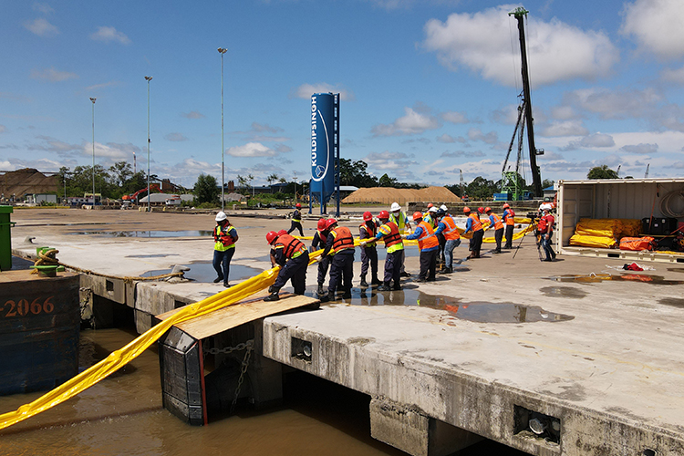 Oil Spill Clean Up & Response Training
